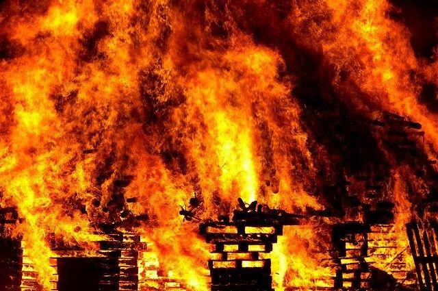 Противопожарные разрывы между зданиями: повод к проверке или важная необходимость?